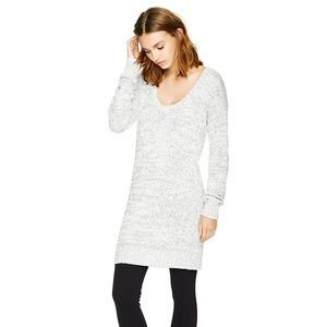 Aritzia Talula Calthorpe Sweater Dress